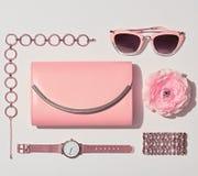 Moda Accesorios rosados de la mujer fijados Color en colores pastel Imagen de archivo libre de regalías