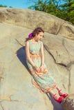 Moda americana joven del verano de la mujer en Nueva York Foto de archivo