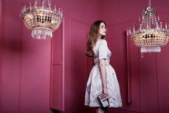 Moda bonita atractiva hermosa MES de la señora de la muchacha de la mujer del pelo rubio de la cara Imágenes de archivo libres de regalías