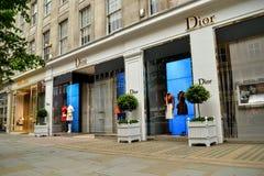 Moda de lujo de Dior Knightsbridge London Foto de archivo libre de regalías