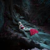 Moda del cuento de hadas. Sirena Imagenes de archivo