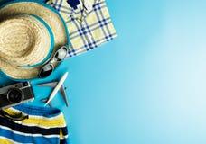 Moda del verano para el viaje de las vacaciones de verano imagen de archivo