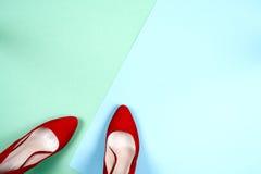 Moda, diversos zapatos de la hembra en los tacones altos Foto de archivo