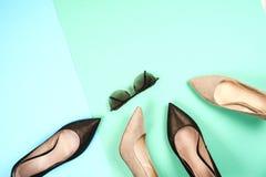 Moda, diversos zapatos de la hembra en los tacones altos Fotos de archivo libres de regalías
