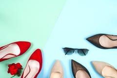 Moda, diversos zapatos de la hembra en los tacones altos Fotografía de archivo