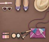 Moda Elegancki set Odgórny widok Podstawy Kosmetyczne Obraz Stock
