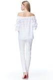 Moda elegante hermosa b del estilo del desgaste del pelo rubio de la mujer embarazada Foto de archivo libre de regalías