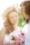 Młoda ślub para w miłości Zdjęcia Royalty Free