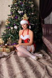Moda model w pończochach pozuje w studiu Fotografia Stock