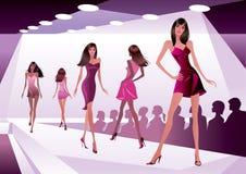 Moda modele reprezentują nowego odziewają Fotografia Royalty Free