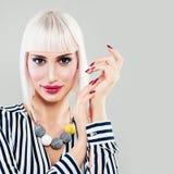 Moda portret Piękny blondynki kobiety model Zdjęcie Stock