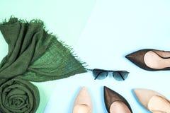 Moda Sistema de la moda de los accesorios de la ropa Gumshoes elegantes femeninos Imagen de archivo