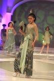 Moda a solas del batik Imagenes de archivo