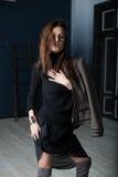 Moda wojskowy Projektuje Model w kurtce Obrazy Stock