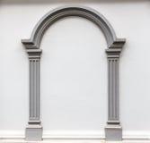 Modanatura dell'arco sulla parete Fotografia Stock