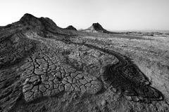 Modderstroom van moddervulkaan stock afbeelding