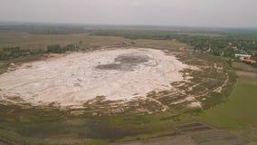 Moddervulkaan Bledug Kuwu, Indonesië stock footage