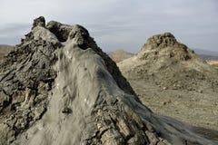 Moddervulkanen van Gobustan dichtbij Baku, Azerbeidzjan stock fotografie