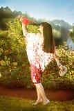 Mode dans le jardin photographie stock