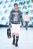 Mode de Bipa défilé de mode 2017 d'heure : Anthony Avangard, Zagreb, Croatie Image stock