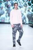 Mode de Bipa défilé de mode 2017 d'heure : Anthony Avangard, Zagreb, Croatie Photographie stock