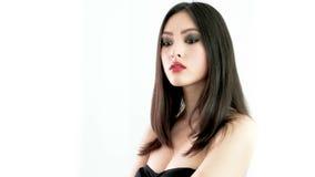 Mode de studio tirée de la femme asiatique banque de vidéos