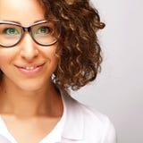 Mode de vie, affaires et concept de personnes : femme d'affaires en verre Images libres de droits