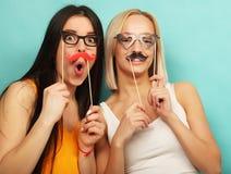 Mode de vie, beauté et concept de personnes : meilleur ami de filles de hippie Image stock