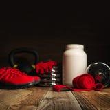 Mode de vie de bodybuilding de forme physique de sport d'image et W sains brouillés Photographie stock