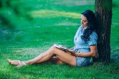 Mode de vie, vacances d'été, éducation, littérature Photographie stock libre de droits