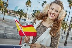 Mode-Händler auf Damm in Barcelona mit spanischer Flagge Lizenzfreie Stockfotos