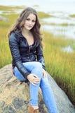 Mode 20 Jahre alte Ledermantel Lizenzfreies Stockfoto