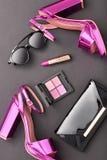 Mode-Kosmetik-Make-up Design-Frauen-Zubehör Stockfotografie