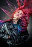 Mode magnifique de cheveux de jeune fille Photos stock