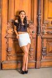 Mode occasionnelle de jeune été américain de femme à New York image libre de droits