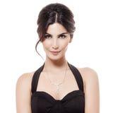 Mode-Porträt der Luxusfrau mit Schmuck. Lokalisiert Stockfoto