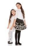 Mode schön, reizend Mädchenschwestern herein Lizenzfreies Stockfoto