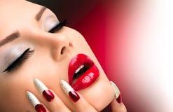 Mode-Schönheits-Modell Girl lizenzfreie stockfotos