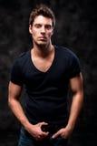 Mode sköt av en ung moderiktig europeisk man för man A Royaltyfri Foto
