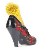 Mode und Nahrung - roher Teig in der Schuhferse Stockfotografie