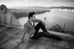 Modeartfoto eines gutaussehenden Mannes Lizenzfreie Stockfotografie