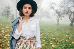 Modeartfrauen lizenzfreies stockbild