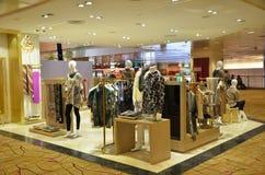 Modeboutique och uttagfönsterskärm Royaltyfri Foto
