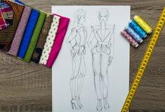 Modedesignen skissar Royaltyfri Foto
