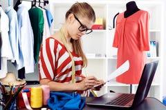 Modedesigner stockfotos