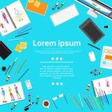 Modedesigner Creative Workplace Desk mit Kopie Lizenzfreie Stockfotografie