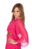 Modeflicka med den rosa klänningen Royaltyfri Fotografi