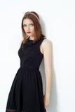 Modefoto der jungen ausgezeichneten Frau Lizenzfreie Stockfotografie