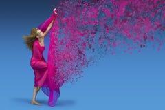 Modefrau mit rosa Gewebe stockfotos