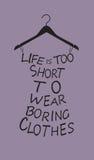 Modefrauenkleid von den Wörtern. Stockfotografie